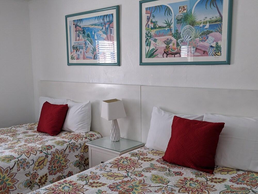 Gallery image of Breakaway Inn Guest House
