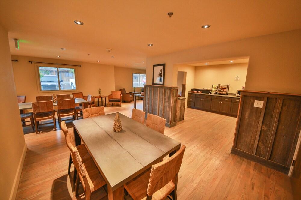 Gallery image of Trailhead Inn