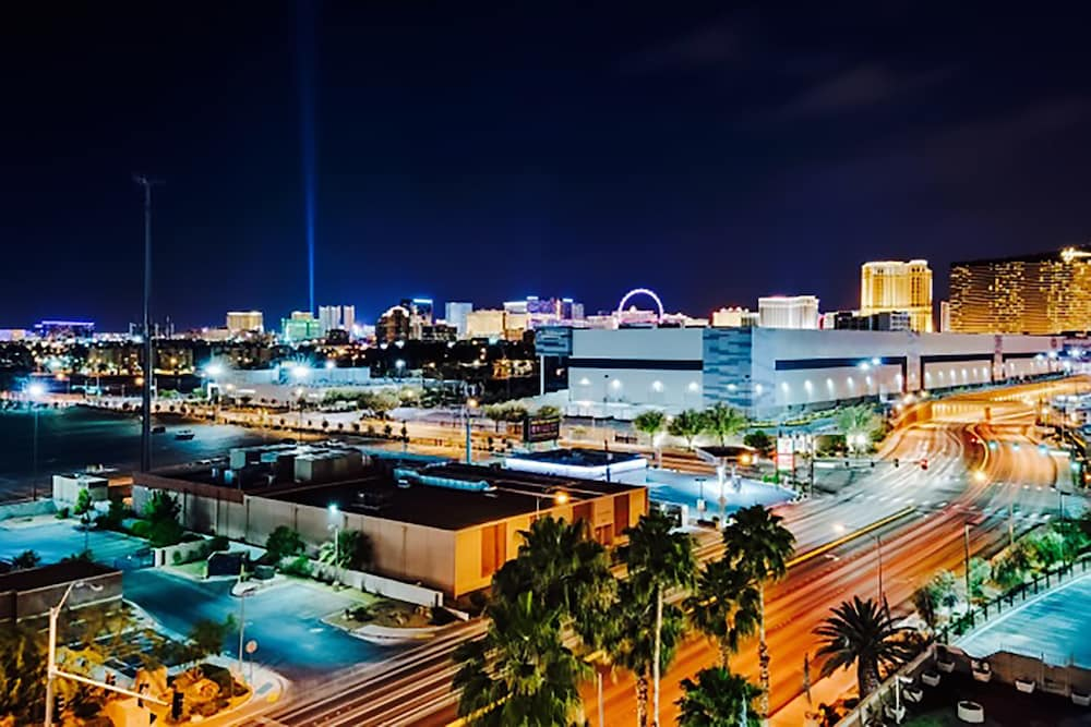 888 Convention Center Condos