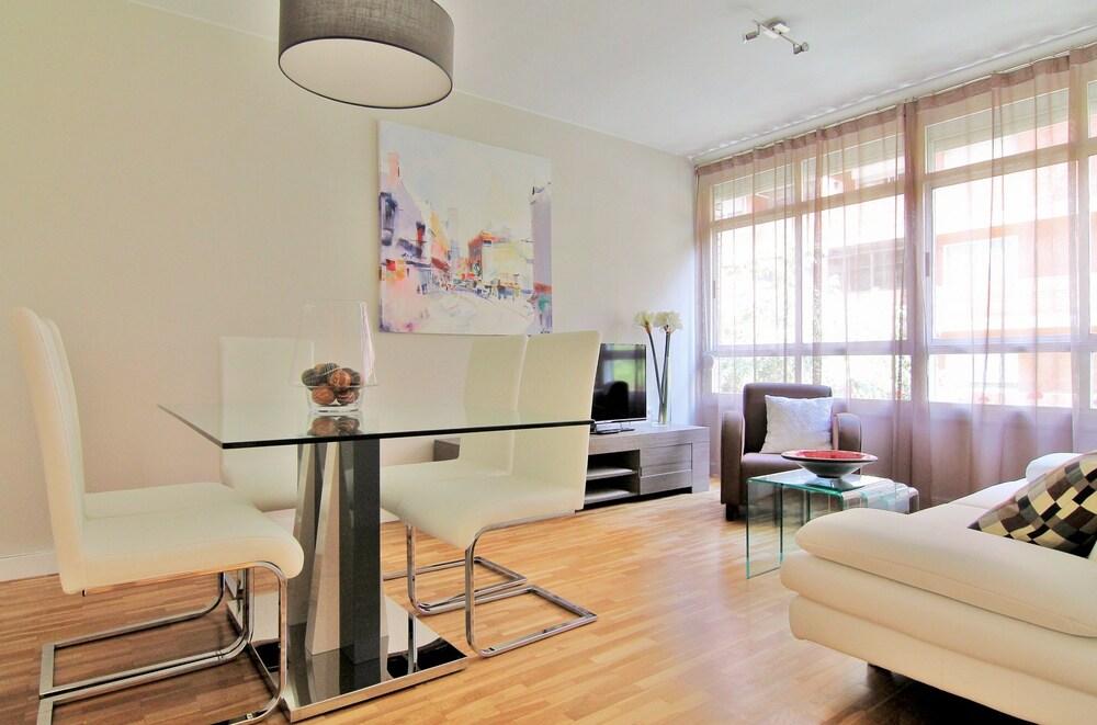 Apartament Elegance Barcelona Rentals