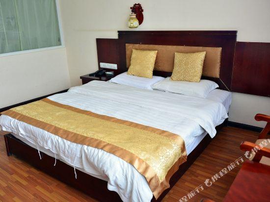 Gallery image of Bright Sunshine Hotel Lijiang