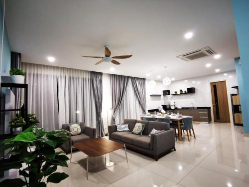 Gold Pearl Homestay