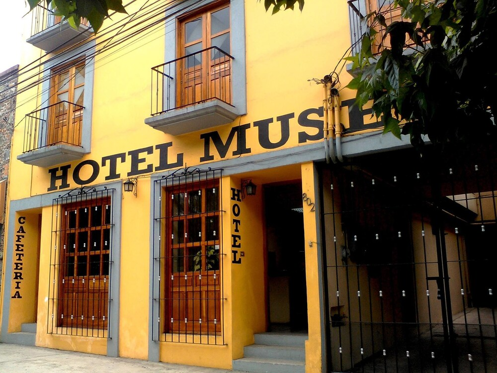 Gallery image of Oyo Hotel Museo