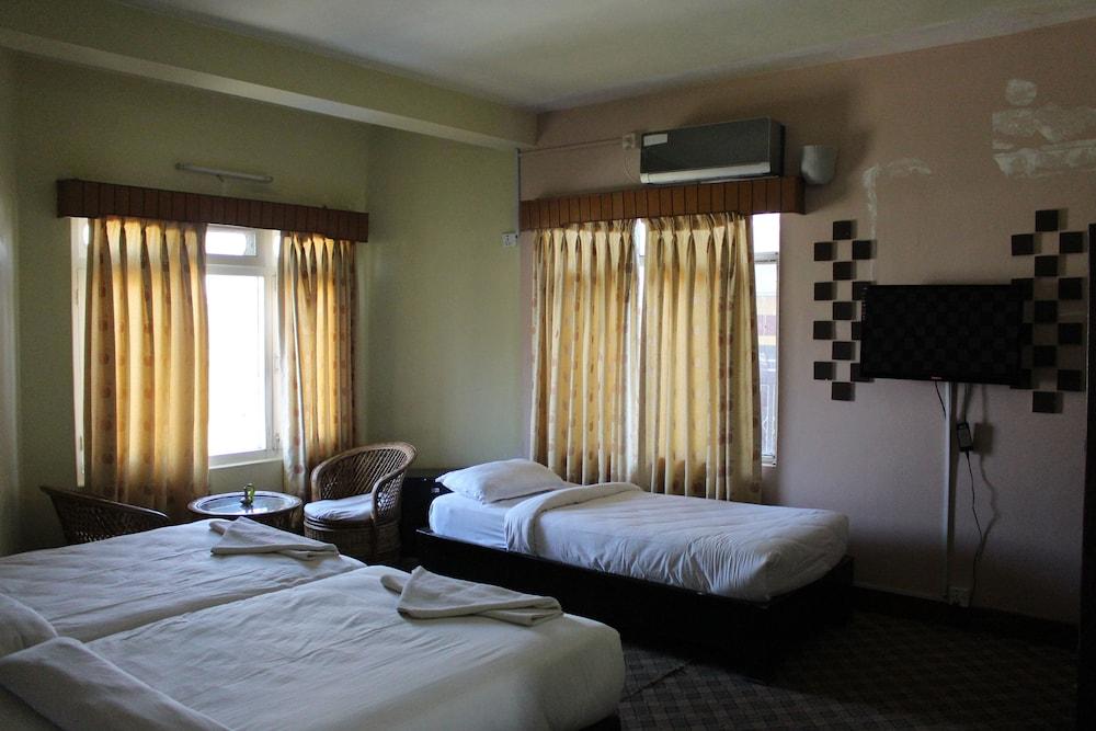Gallery image of Hotel Vajra Inn