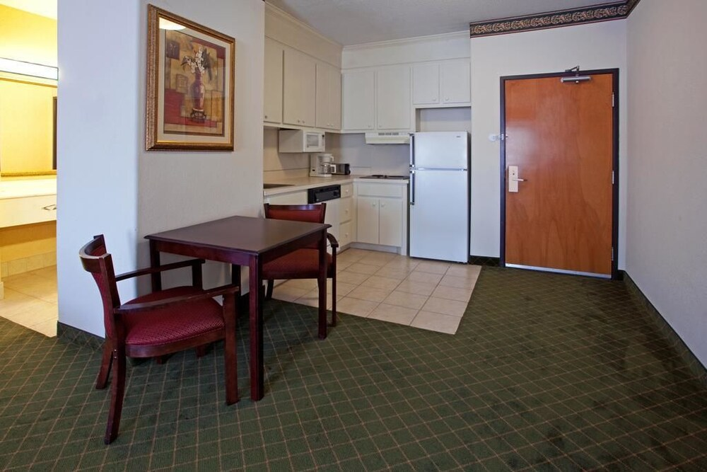 Gallery image of Moncks Corner Inn