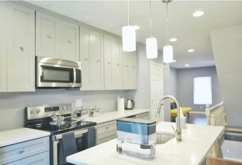 West Phila Luxerous Row Home