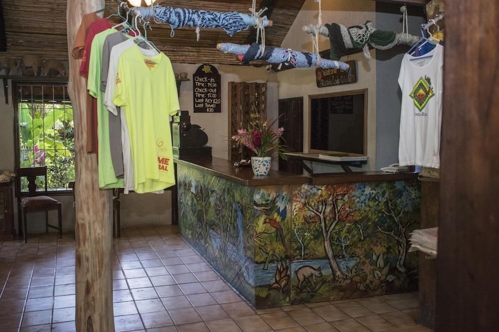 Gallery image of Atlantida Lodge