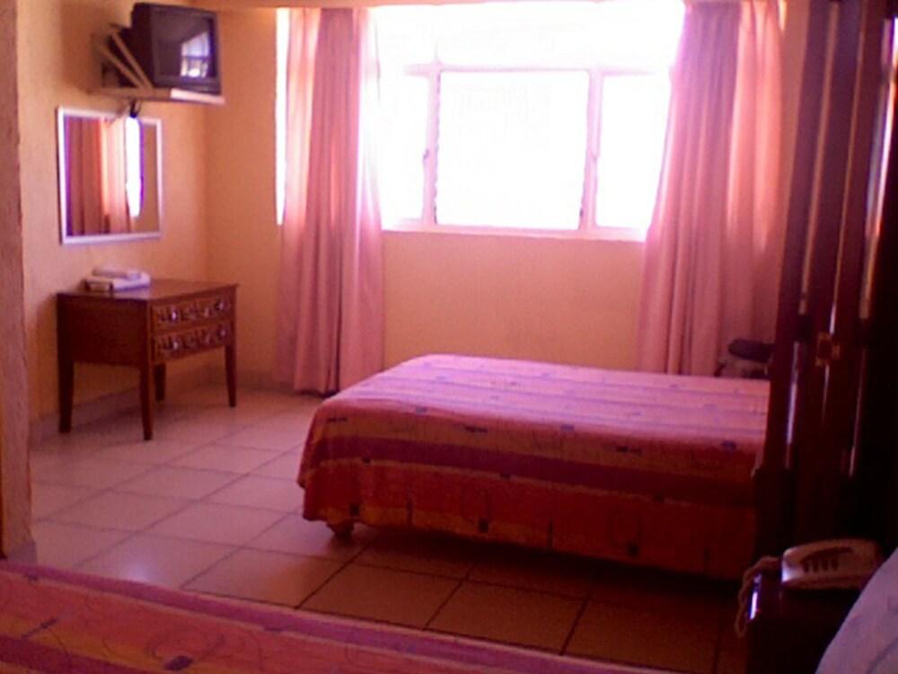 Gallery image of Hotel Estacion