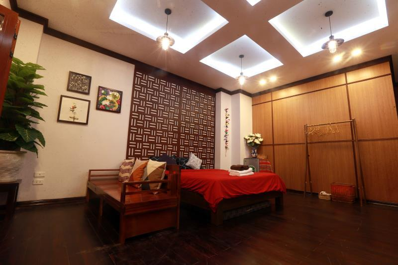 B home Balcony Studio A minute to Hoan Kiem lake