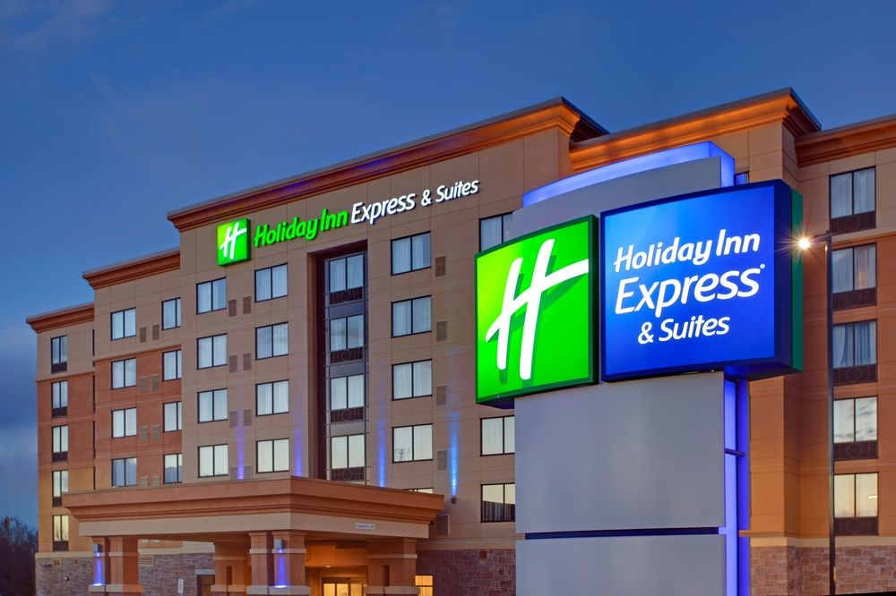 Holiday Inn Express Hotel & Suites Ottawa West Nepean