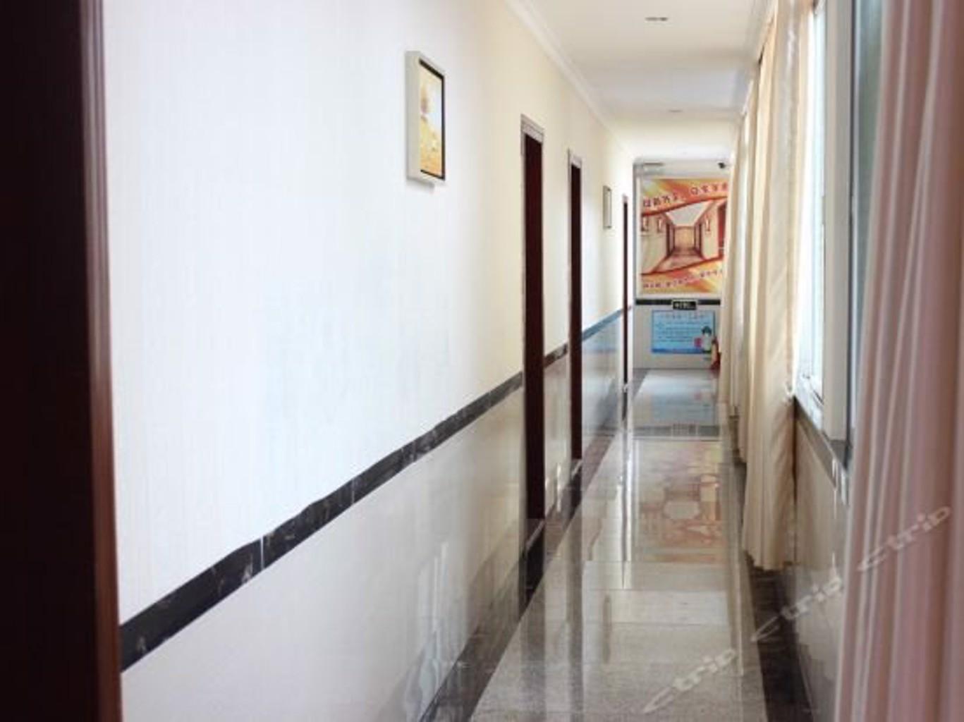 Gallery image of Jingang Hotel
