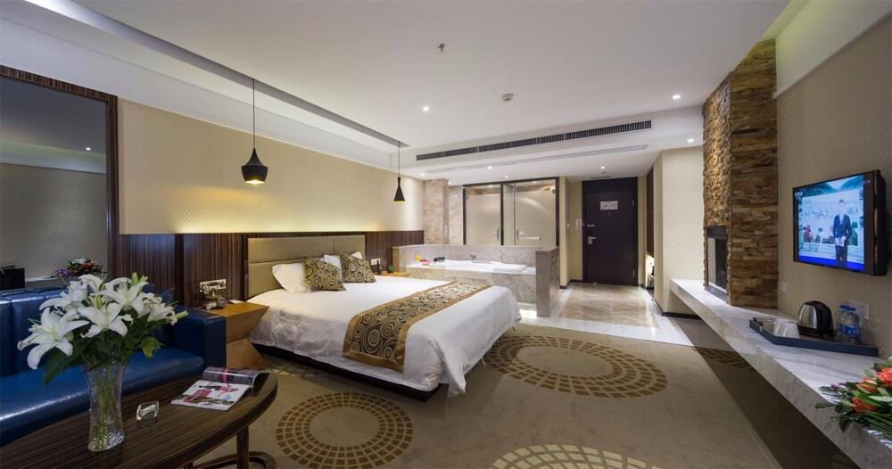 Wuhan Wanchen Theme Hotel
