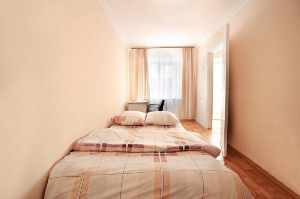 Apartment on Nerchinskaya St. 2