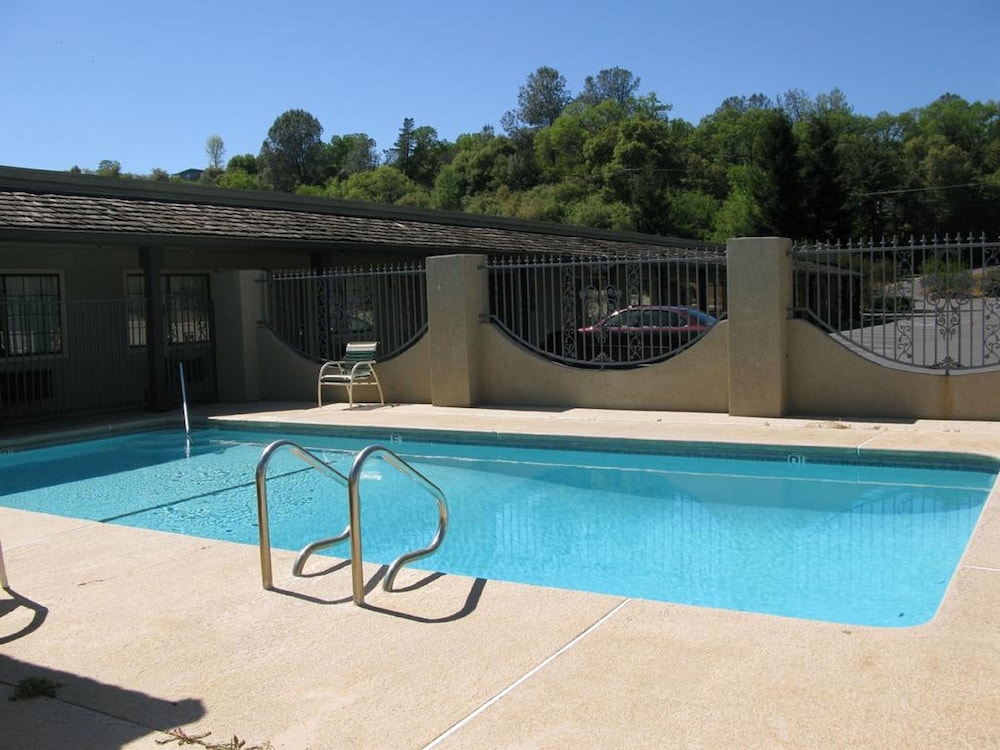 Gallery image of Country Inn Sonora