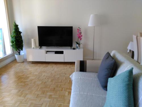Bel et spacieux appartement de 84 m avec parking très proche du Métro Garibaldi