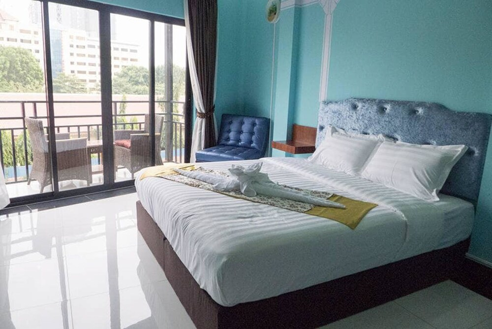 Gallery image of Color Creative Hotel