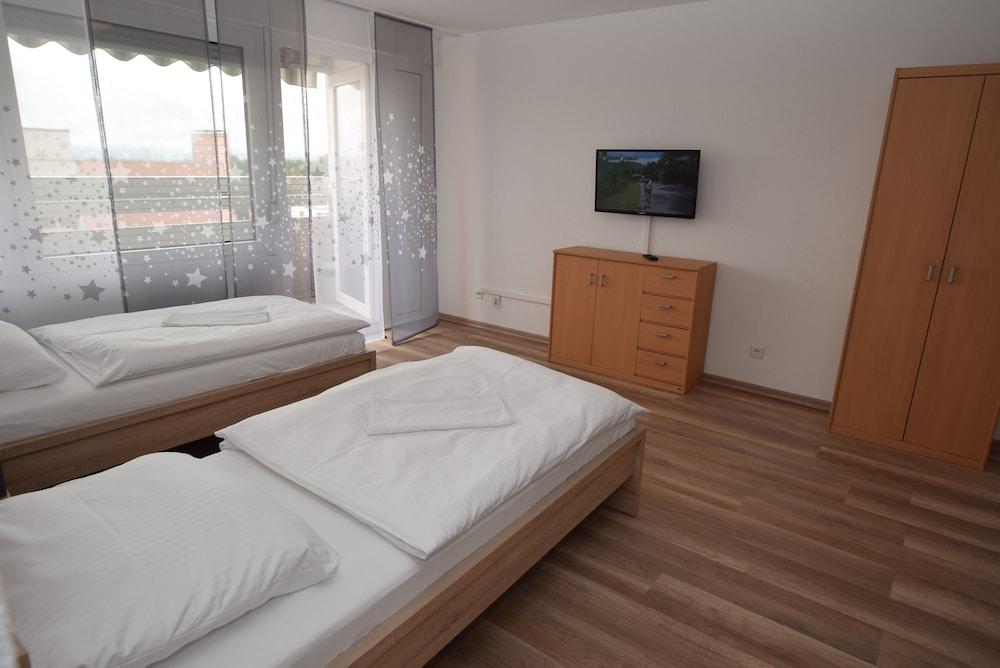 AB Apartment 108