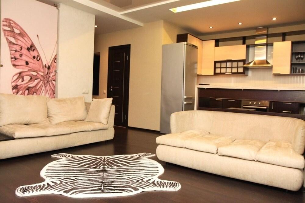 Apartment on Nekrasovskaya St. 90