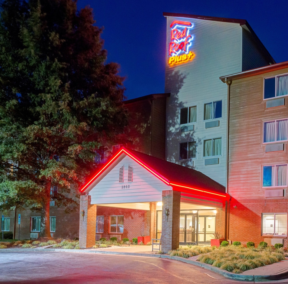 Gallery image of Red Roof Inn PLUS Raleigh NCSU Convention Center