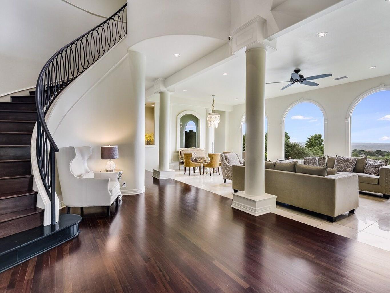The Arrive Hilltop Estate 5 Bedroom Home