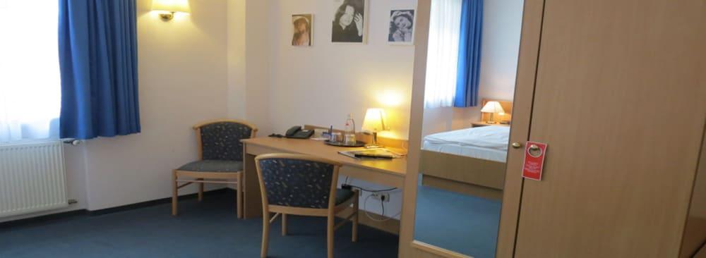 Gallery image of Filmhotel Lili Marleen