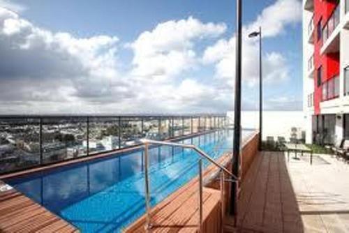 Astra Apartments Perth Zenith