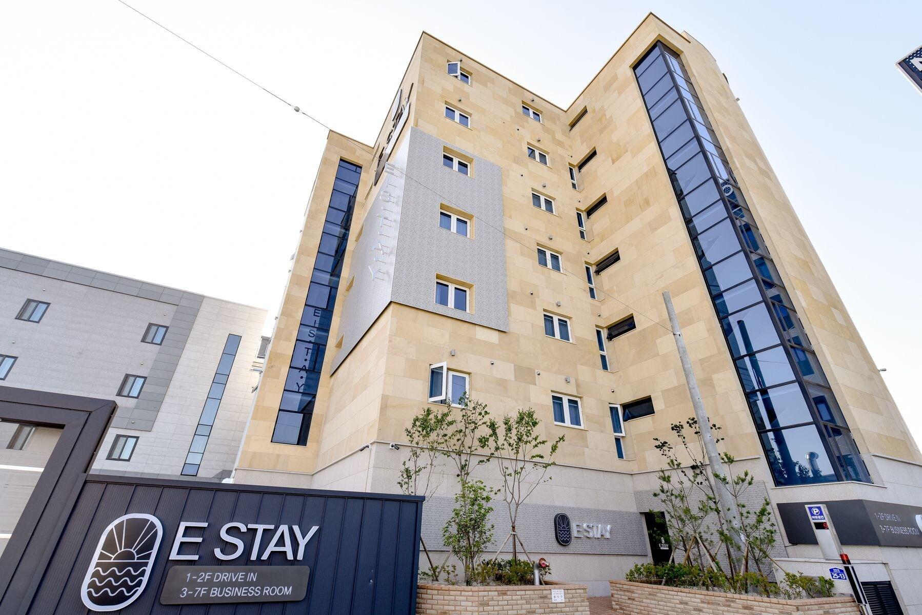 E stay Hotel