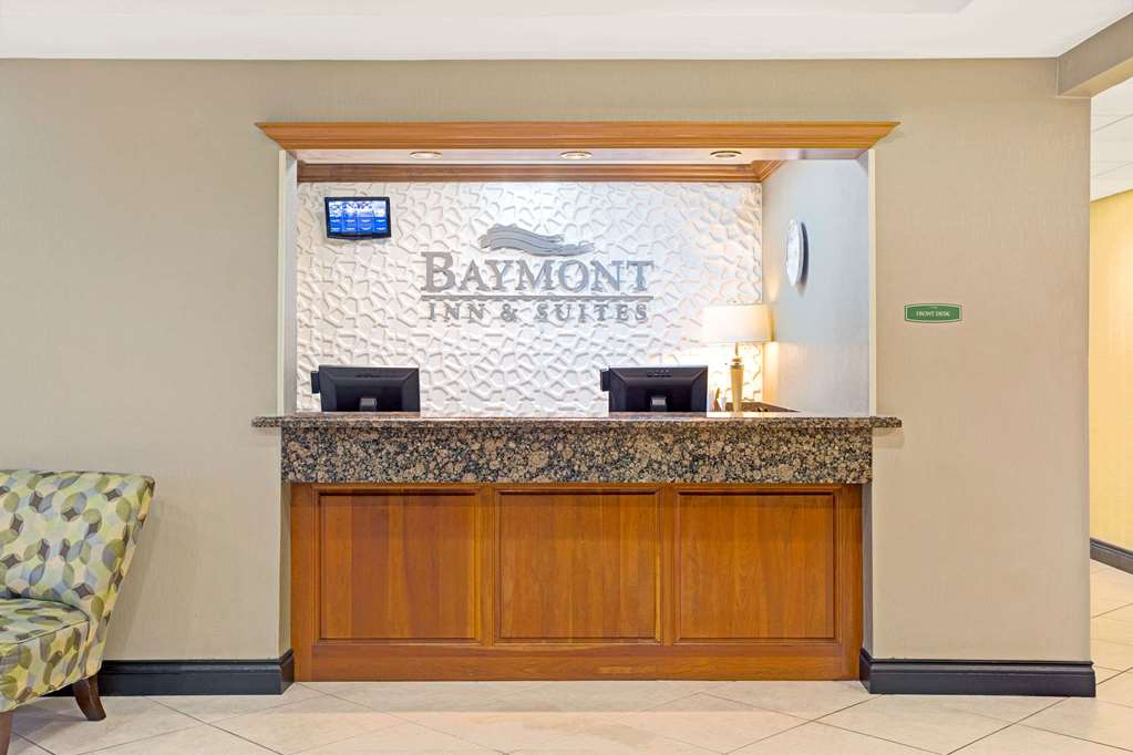 Gallery image of Baymont by Wyndham Miami Doral