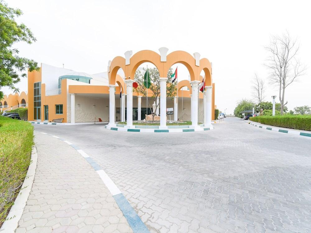 Capital O 234 Tulip Inn Al Rahba
