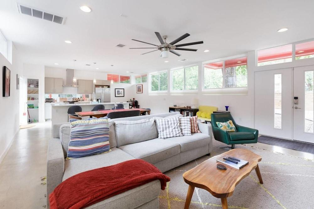 Bask in Light at an Artistic Townhouse Minutes from Downtown