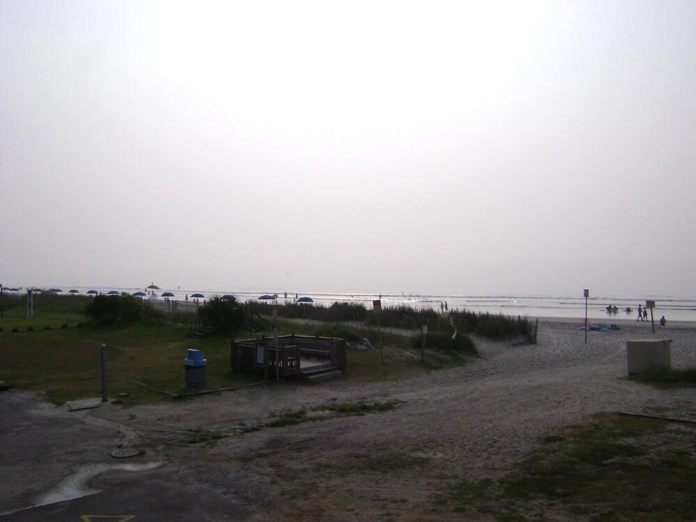 Gallery image of Sea Hawk Motel