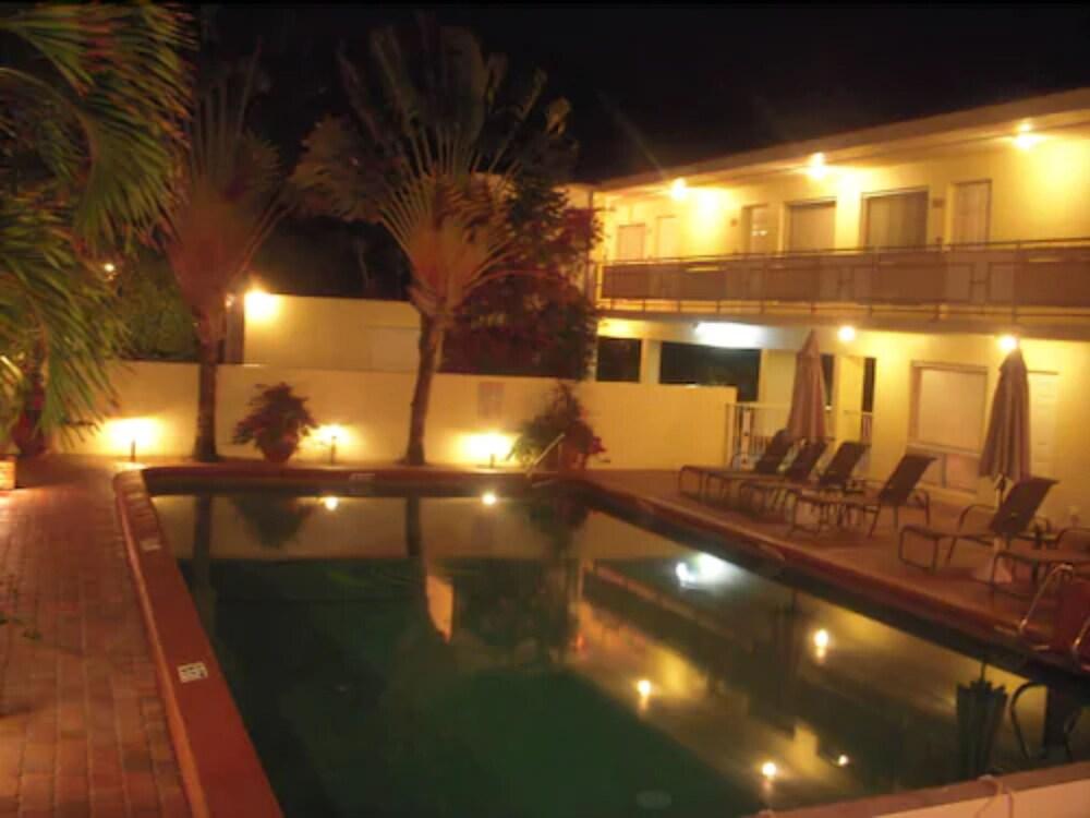 Gallery image of Ocean Lodge