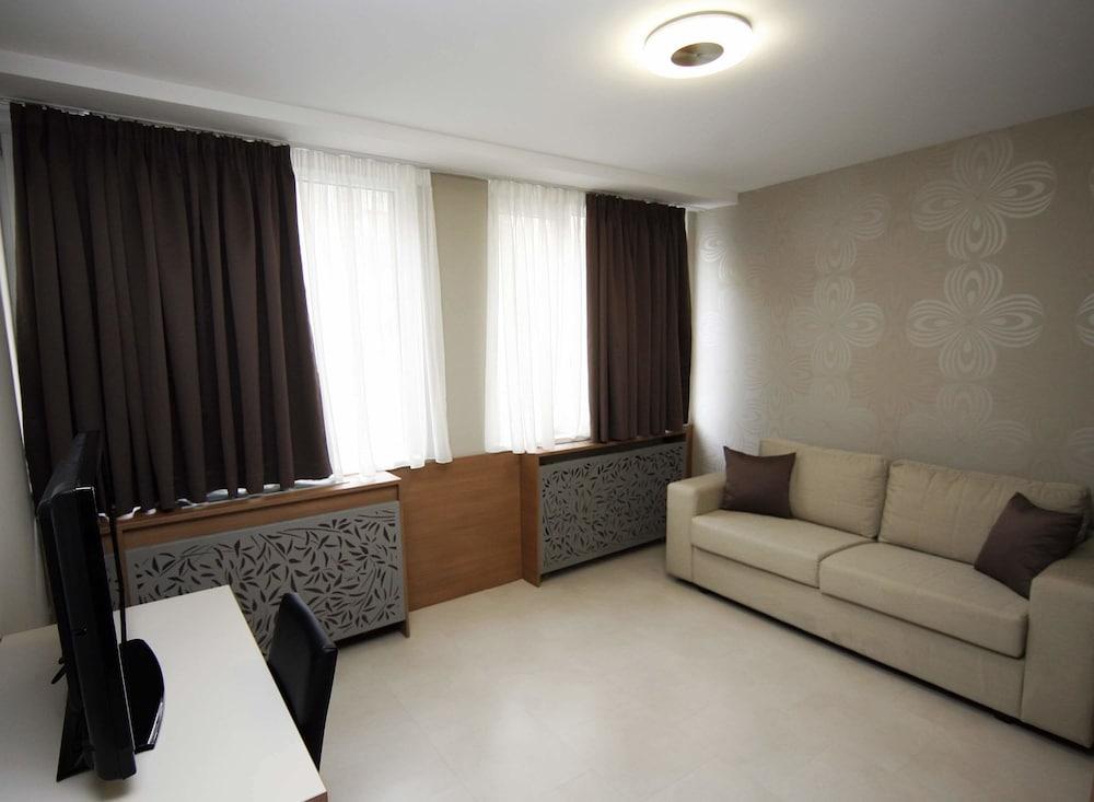 Gallery image of Hotel Srbija Garden Ex Garni