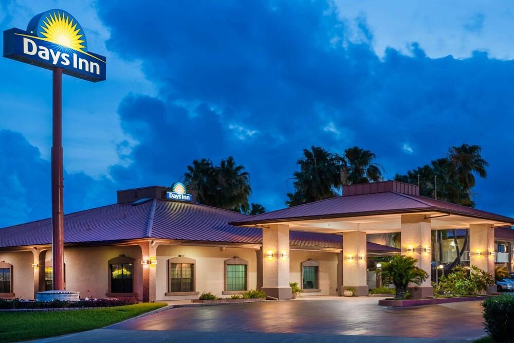 Days Inn by Wyndham Portland Corpus Christi
