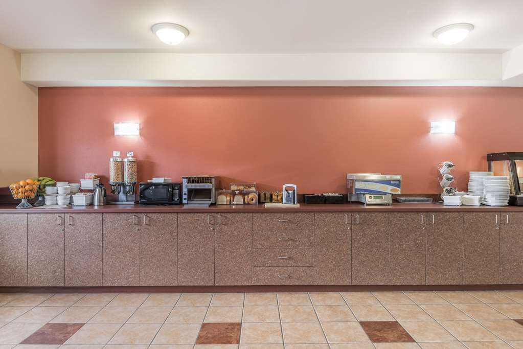 Gallery image of Super 8 by Wyndham St Johns
