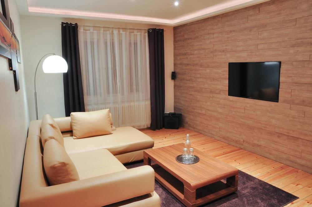 Best City Home Apartment