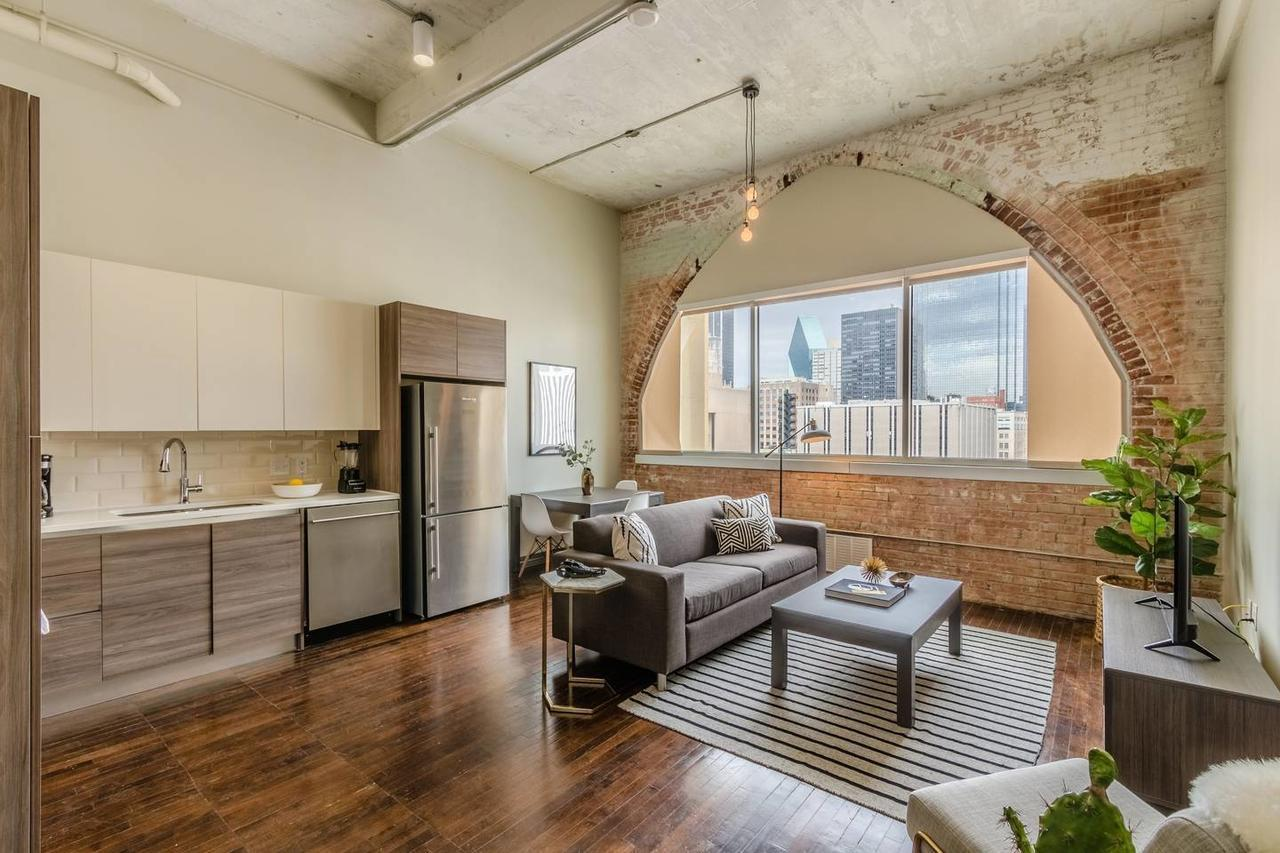 Relaxing 1 Bed 1 Bath Dallas Downtown Apartment