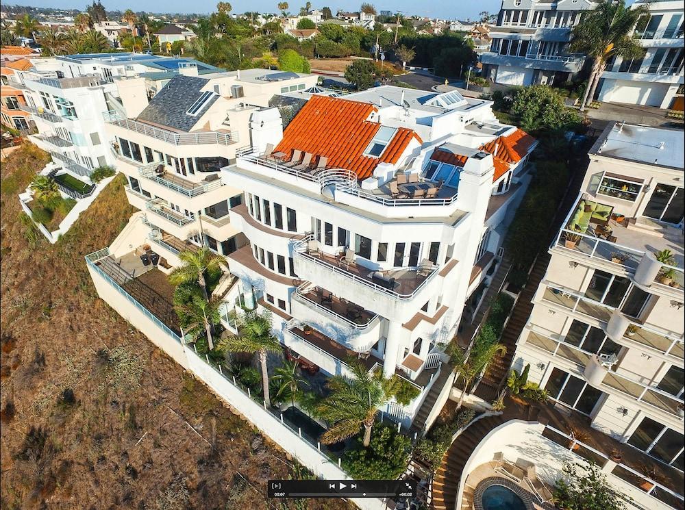Playa Villa Mansion