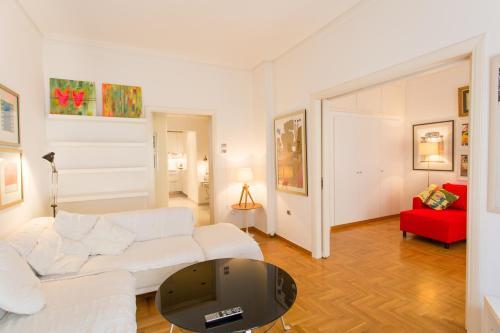 Two Bedroom Apartment Kolonaki