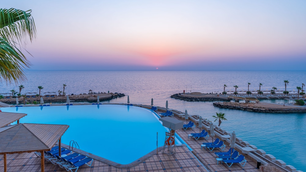 Albatros Citadel Resort Families and couples only