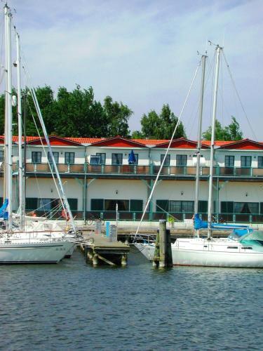 Hafenperle Ferienapartment Karlshagen Yachthafen