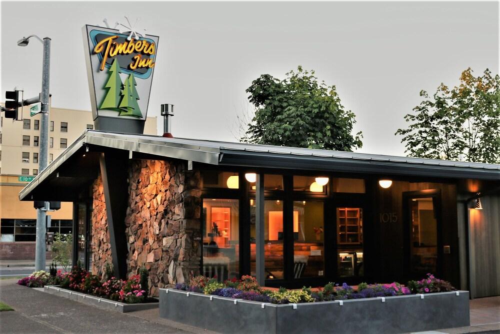 Gallery image of Timbers Inn