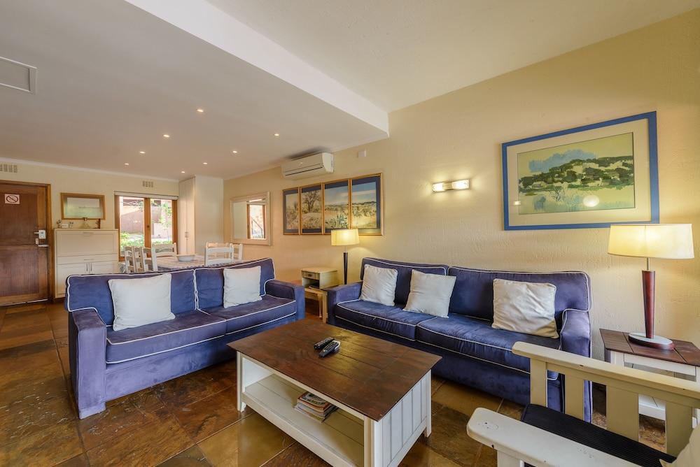 San Lameer Villa Rentals Four Bedroom Standard 2537