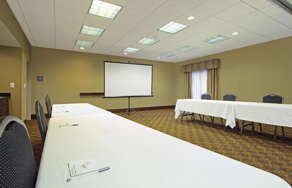 Gallery image of Hampton Inn & Suites Columbus Hilliard