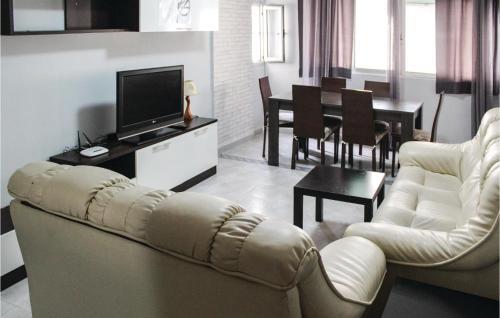 Three Bedroom Apartment in Valencia