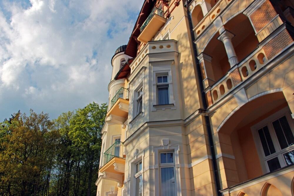 Gallery image of Hotel Villa Regent