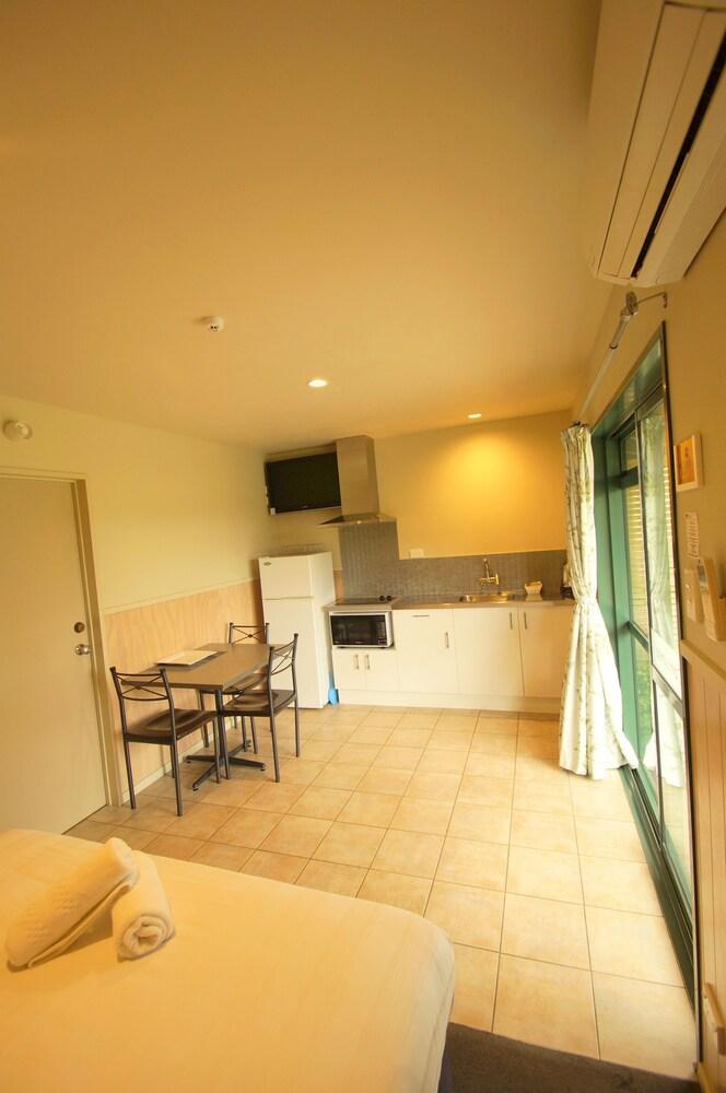 Gallery image of Lake Taupo Holiday Resort