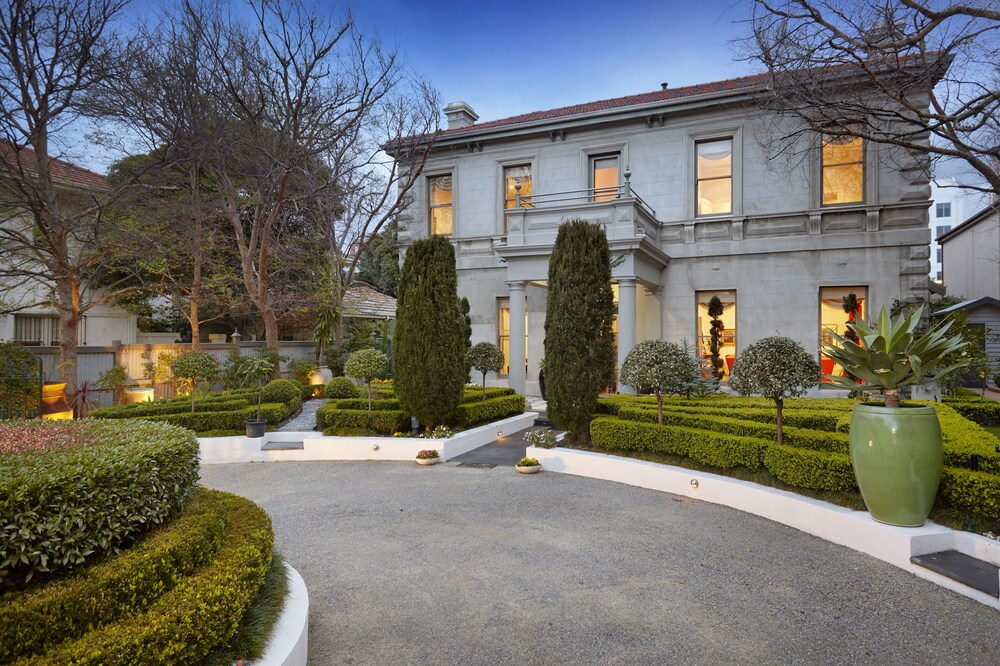 Waratah Stay A Mansion Experience
