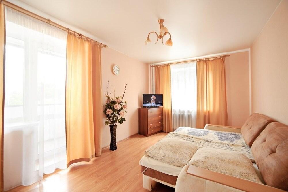 Apartment on Alliluyeva 12a 26