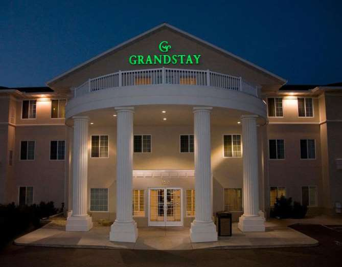 Grandstay Residential Suites Madison East